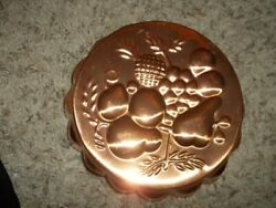 Vintage 8quot; Round Copper Kitchen Wall Decor Tin Lined $9.95