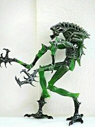 NECA ALIEN MANTIS WARRIOR XENOMORPH  7 TO 10 INCH ALIENS MOVIE FIGURE $14.99
