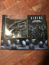 Neca aliens queen Deluxe Blue Version- USA seller Read Description! Neca AVP $140.00