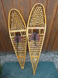GREAT VINTAGE SNOWSHOES 44quot; Long x 12quot; Wide Leather Bindings DECORATION $49.92
