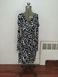 Milly Long Sleeve Black and White Dress Women#x27;s Size Small New w Tags $22.00