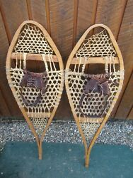 GREAT VINTAGE Snowshoes 40quot; Long x 13quot; with Leather Bindings For DECORATION $49.82