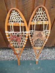 VINTAGE Snowshoes 33quot; Long x 10quot; Wide Has Leather Binding GREAT For DECORATION $49.12