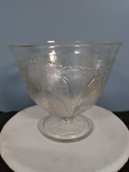 Orchard Crystal Vintage Tree Of Life Pattern Punchbowl $30.00