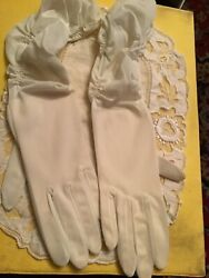 VINTAGE VAN RAALTE WHITE LONG GATHERED OPERA GLOVES Ladies gloves size 6.5 $12.00