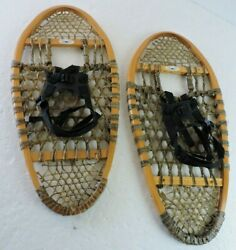 13quot; x 29quot; Bear Paw Vintage Wood Snowshoes Made in Canada GV Rawhide Netting $295.99