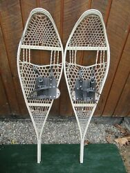 VINTAGE OLD Snowshoes 46quot; Long x 12quot; with Bindings $39.00