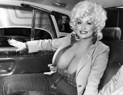 DOLLY PARTON 8X10 CELEBRITY PHOTO PICTURE SEXY PINUP ACTRESS MOVIE STAR SINGER