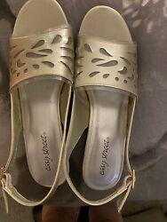 womens dress shoes size 10 wide $12.00