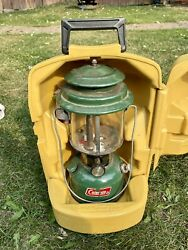 1978 Coleman 220J Lantern in Clamshell Case w Mantle Packs 3 and Funnel $64.99