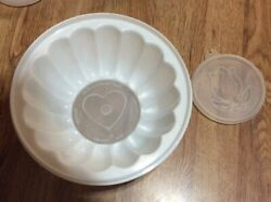 Tupperware Small Jell n Serve Mold With 2 Small Lids And No Large Lid Vintage $4.99