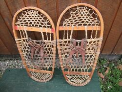 GREAT VINTAGE Snowshoes 31quot; Long x 14quot; Great For DECORATION with Leather Binding $49.82