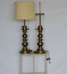 PAIR OF TALL STIFFEL MID CENTURY HOLLYWOOD REGENCY BRASS TABLE LAMPS $120.00