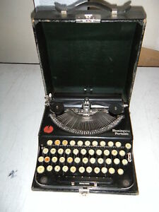 Vintage Refurb Remington Portable Manual Typewriter W warranty