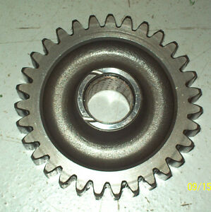 2000 3000 4000 Ford Tractor Transmission Reverse Idler Gear