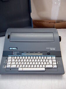 Refurbished Smith Corona Typewriter Grammer Right Sys I Sd275 Case W warranty