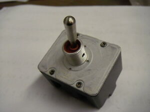 Honeywell 4tl5 3 Screw Terminal Toggle Switch 4 Pole 2 Position Locking Lever