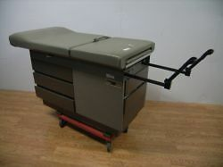 Midmark ritter 100 Medical Exam Table 6 Avaliable