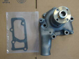 White oliver Moline Tractor 5 Bolt Water Pump 550 880