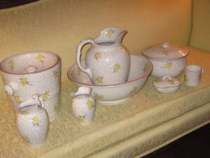 8 Piece Chamber Set Cauldon England Pitcher And Bowl 8 Piece Chamber Set