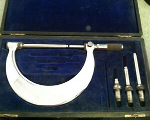 Tumico Tubular Micrometer Co Set Model M04 3768 W Case Used