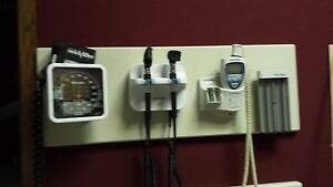 Welch Allyn 777 W otoscope opthalmoscope thermometer B p Unit And Dispenser