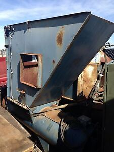 Industrial Trash Compactor 24 Inch Inlet 18 Inch Push Through Hydraulic
