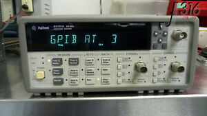 2089 Agilent 225 Mhz Universal Frequency Counter timer 53131a