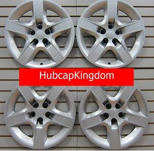 New 2007 2010 Saturn Aura 17 Screw On Hubcap Wheelcover Set Of 4 Silver