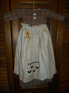 Primitive Wall Decor Dress Red Blue Plaid W Apron Hearts Crows Prim Grungy