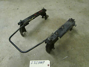 96 97 98 Grand Cherokee Right Front Manual Seat Track Slider Riser Passenger