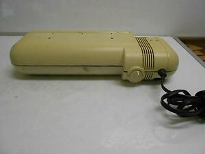 Acco Model 525 3 hole Electric Punch