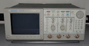 Tektronix Tds540 Digitizing Oscilloscope Four Channel Instrument Test Measuremen