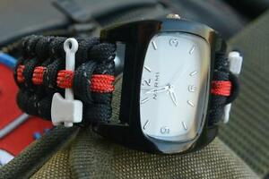 White Reflective Firefighter Fire Rescue Bunker Turnout Gear 550 Paracord Watch