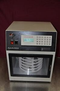 St John Biotherm Biooven Iii Model 30 202 Thermocycler Rotating Microplate Oven