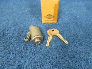 1941 48 Oldsmobile Glove Box Lock Cylinder With Keys Nice Nos Gm 715