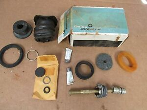 1971 72 Chevy G 30 Van With Disc Brakes Master Cylinder Kit Nos Delco 715