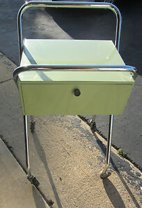 Green Rolling Metal Cart W Drawer Handle medical salon bed great Condition