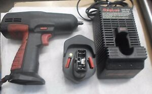 Used Snap on 3 8 10mm Impact Wrench P n Ct3110hp W Battery P n Ctb312