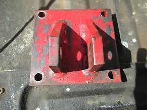 1965 Farmall 706 Gas Farm Tractor Top Link 3 Point Hitch Bracket