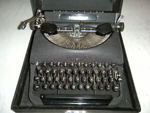 Vintage Remington Delux Model 5 Manual Typewriter wow Perfect Working Condition