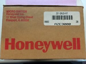 Dt 2rv3 a7 Honeywell Dpdt Micro Switch 1 Unit Factory New