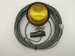 Whelen Ar36ea40 Par 36 Strobe With Rubber Housing And 40 Cable