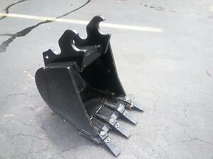 New 18 Kubota Kx033 Heavy Duty Excavator Bucket