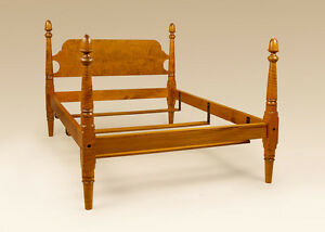 King Size Bed Antique Style Tiger Maple Wood Acorn Bed Bedroom Furniture