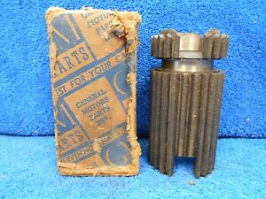 1932 36 Chevy 3 Speed Transmission 2nd 3rd Gear Clutch Sleeve Nos Gm 916