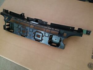 Fits 2005 2006 2007 Jeep Grand Cherokee Grille Bracket For Front Bumper New