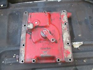 1979 International 1086 Tractor Transmission Shifting Shift Cover Housing