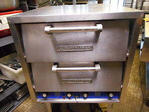Baker s Pride Counter Top Double Door Pizza Oven Dp2 220v 3 Phase New Stones