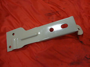 New 8n 9n 2n Ford Tractor Left Side Fender Bracket